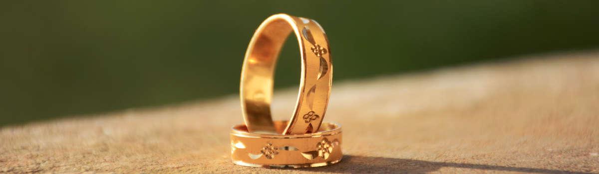 Obrączki ślubne z grawerem – nasze pomysły