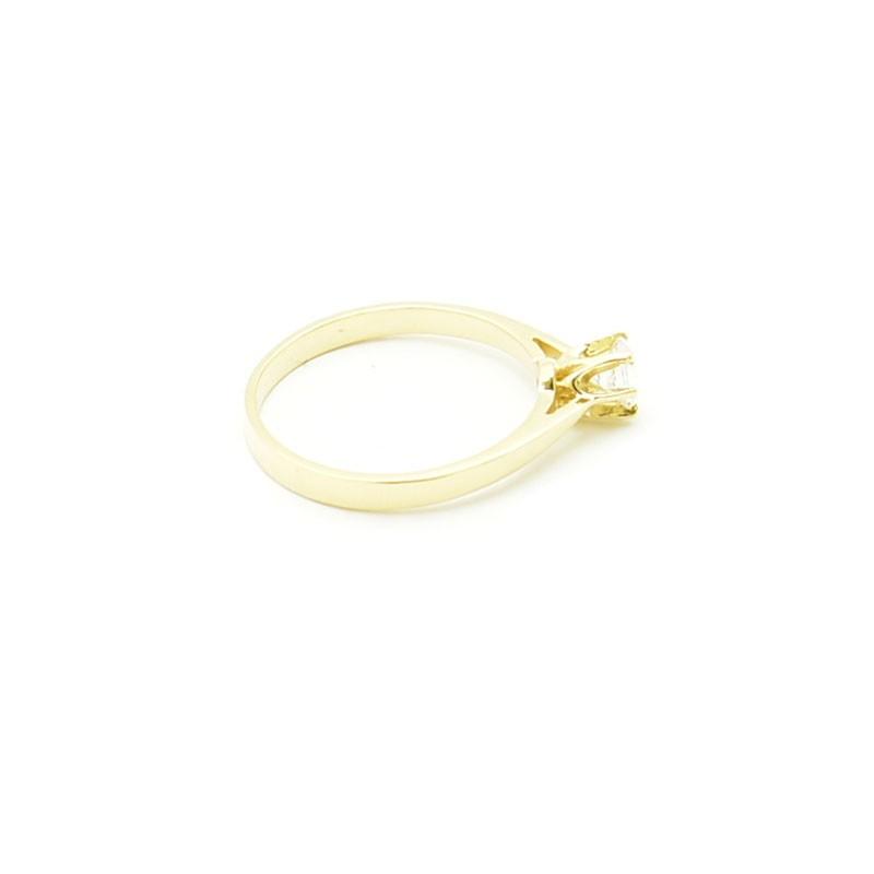 Złoty pierścionek próby 585