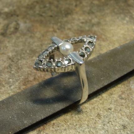 Zdjęcie nr. 12 Renowacja srebrnego pierścionka z perłą i markazytami