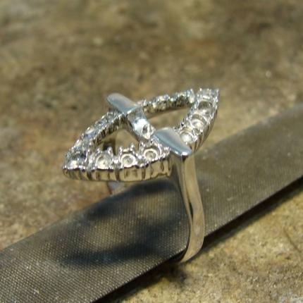 Zdjęcie nr. 8 Renowacja srebrnego pierścionka z perłą i markazytami