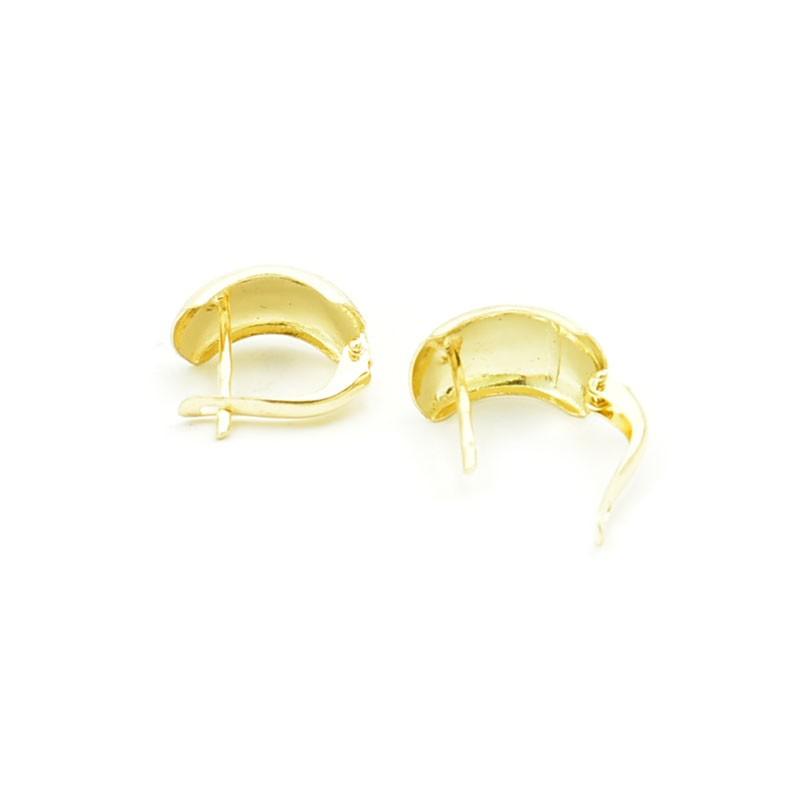 Ręcznie wykonane złote kolczyki na angielskim zapięciu.