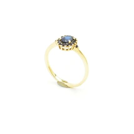 Złoty pierścionek z szafirami 0,93 ct