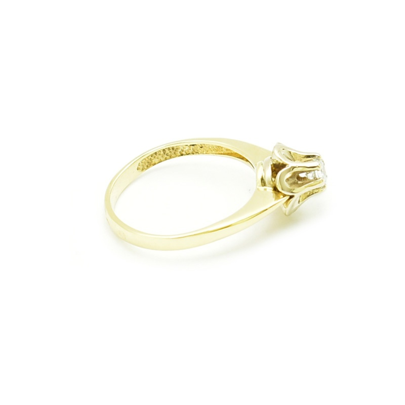 Klasyczny złoty pierścionek z cyrkonią model pb-88